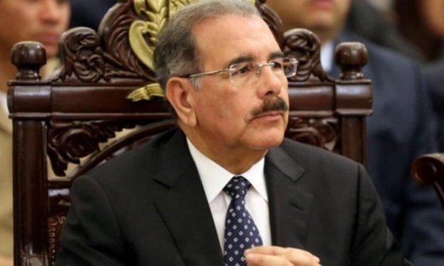 [República Dominicana] Danilo Medina promulgó este martes la Primera ley de Partidos y Agrupaciones Políticas del país