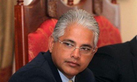 [Panamá] Alcalde de Panamá Jose Blandón oficializa su postulación como precandidato a la presidencia en primarias del Partido Panameñista