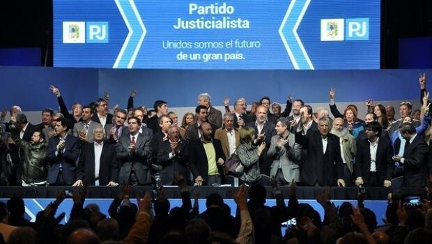 [Argentina] Partido Justicialista defiende a Cristina Kirchner y arremete contra Cambiemos