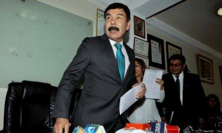 [Perú] Jurado Electoral Especial multa por 124mil soles al candidato Alfredo Zegarra
