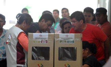 """[Bolivia] Analistas políticos sugieren a opositores pensar en una """"megacoalición"""" rumbo a las Elecciones Primarias de 2019"""