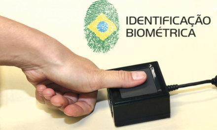 [Brasil] Ministro Barroso quiere escuchar al TSE antes de decidir sobre títulos sin biometría