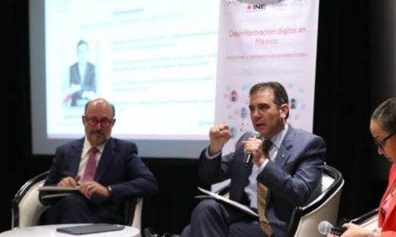 [México] Lorenzo Córdova: «Las redes no hacen democracia, democratizan los canales de comunicación y el desafío es cómo amoldamos la democracia a las redes»