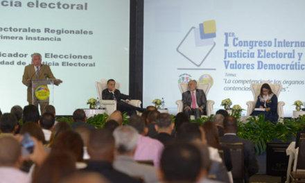 [Repúbica Dominicana] Ex titular de la Junta Central Electoral: «Fallos del TC despojan de competencia al TSE»