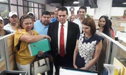 (Panamá) Pedirán revisión de firmas rechazadas a Martinelli