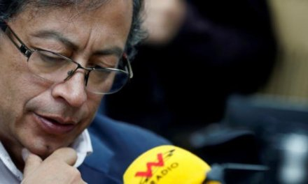 (Colombia) Consejo Electoral de Colombia investigará a ex candidato presidencial Gustavo Petro por recibir dinero