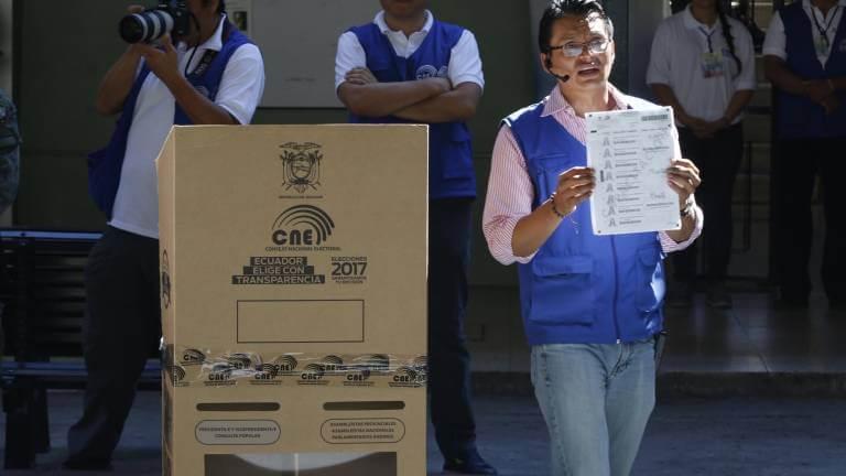 (Ecuador) Electores en las Juntas Receptoras del Voto pasarán de 500 a 350