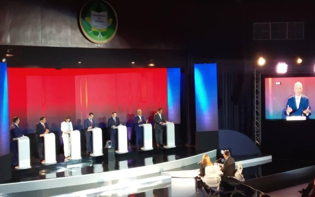 (Panamá) Los siete candidatos presidenciales participaron en el primer debate este miércoles