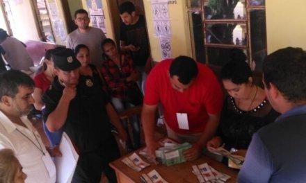 (Paraguay) Escrutinio en Pto. Adela arroja 647 votos para ANR y 90 votos para PLRA