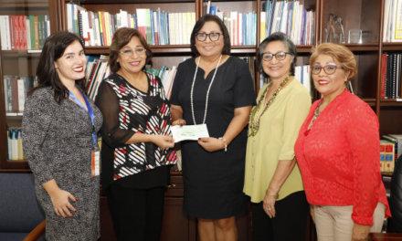(Panamá) Tribunal Electoral entregó un aporte económico al Foro Nacional de Mujeres de Partidos Políticos