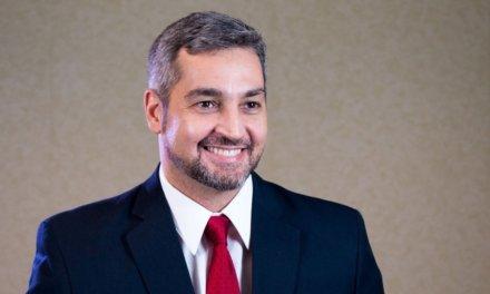 (Paraguay) Mario Abdo promulgó la ley de desbloqueo de listas sábanas en Paraguay