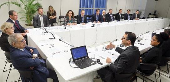 (Brasil) Presidente del TSE se reúne con gestores para tratar de fake news y elecciones