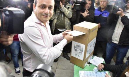 (Argentina) El oficialista Oscar Ahuad se impuso como gobernador de Misiones con el 73,09%