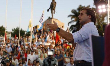 (Uruguay) Crece la diferencia a favor de Lacalle Pou que llega al 51%; Martínez queda con el 43%