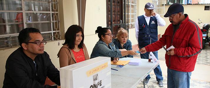 (Perú) ONPE brindó asistencia técnica para las elecciones internas en cuatro partidos políticos