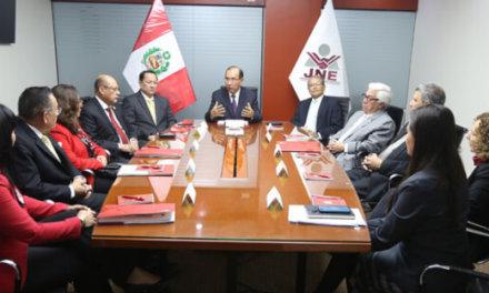 (Perú) El Tribunal de Honor del Pacto Ético Electoral (PEE) exhortó a los partidos políticos asegurar la participación equilibrada de mujeres y hombres