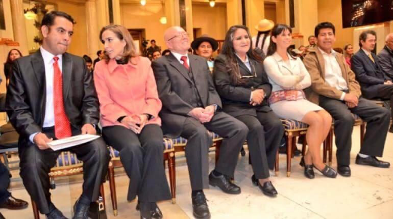 (Bolivia) Posesionan a los vocales del TSE encargados de las elecciones 2020