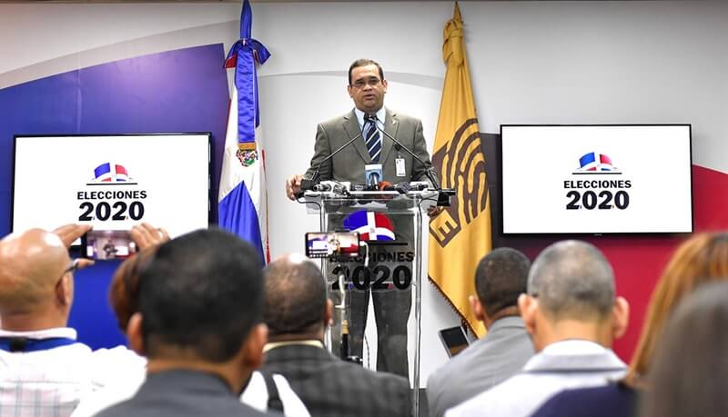 (República Dominicana) JCE suspende las elecciones ante fracaso en la implementación del voto automatizado
