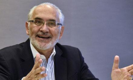 (Bolivia) Carlos Mesa pide que el TSE defina nueva fecha de las elecciones lo antes posible