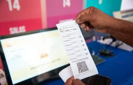 (República Dominicana) Equipos del voto automatizado que fallaron en las elecciones del 16 de febrero se usarán en JCE y Registro Civil