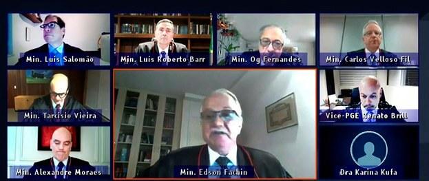 (Brasil) TSE suspende el análisis de dos demandas por abuso electoral contra la fórmula de Bolsonaro-Mourão