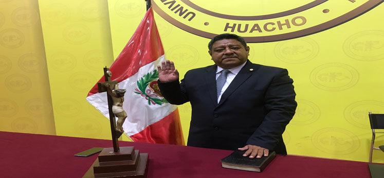 (Perú)  Jovián Valentín Sanjinez Salazar se incorporó hoy como miembro titular del Pleno del JNE para el período 2020- 2024
