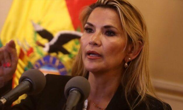 (Bolivia) Jeanine Añez bajó su candidatura a la presidencia de Bolivia: «Si no nos unimos, vuelve Morales»