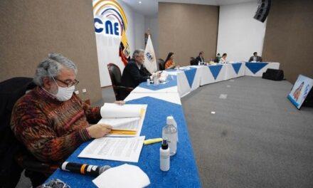 (Ecuador) El Pleno del CNE aprobó la convocatoria al Proceso de Auditoría para las Organizaciones Políticas