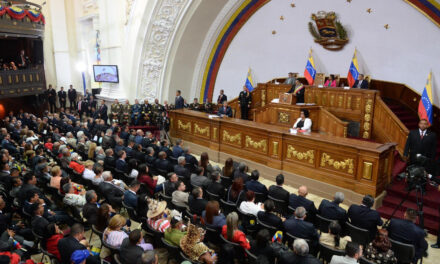 Parlamentos ornamentales: profundización del régimen de partido único en Venezuela