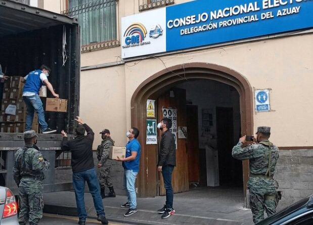 [Ecuador] CNE completó la entrega de kits técnicos en todo el país