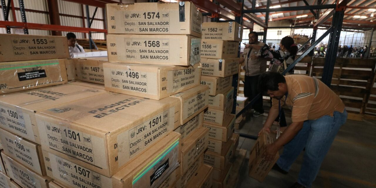 [El Salvador] El TSE finaliza este lunes con traslado de paquetes electorales a sedes departamentales