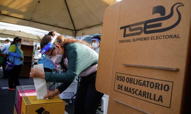 [El Salvador] «TSE permitió una contienda inequitativa», según la FUSADES