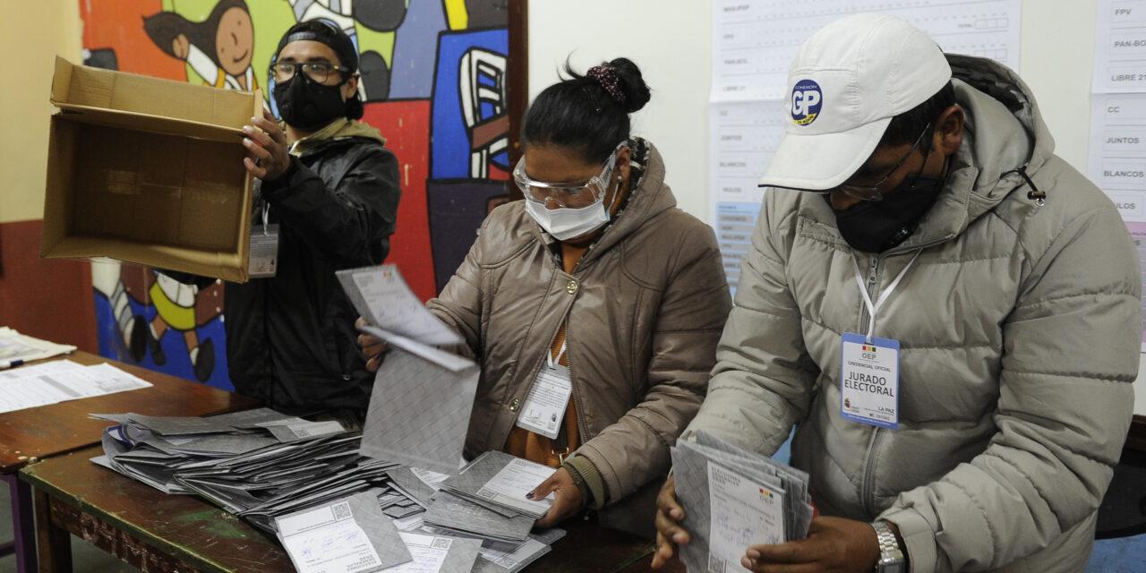 [Bolivia] Balotaje: TSE priorizará el conteo oficial y se reutilizará material del 7 de marzo