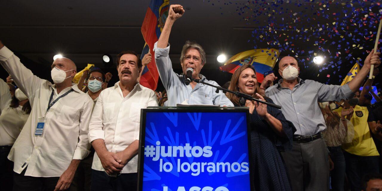 """[Ecuador] Con """"tendencia irreversible"""" el CNE cerró jornada electoral del día de elecciones"""
