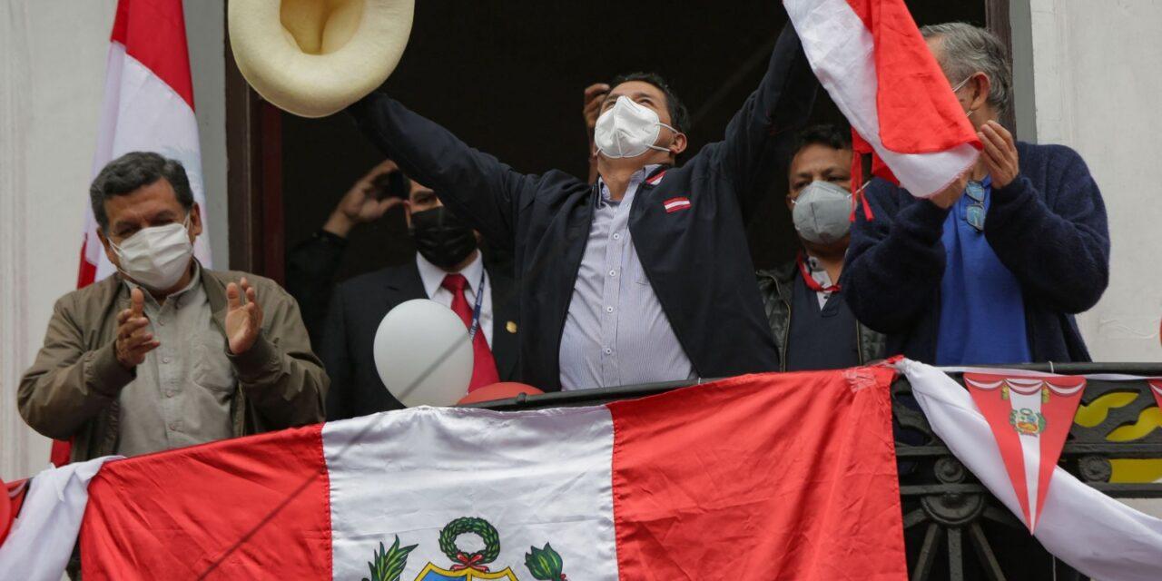 [Perú] Pedro Castillo está cerca de convertirse en el nuevo presidente de Perú
