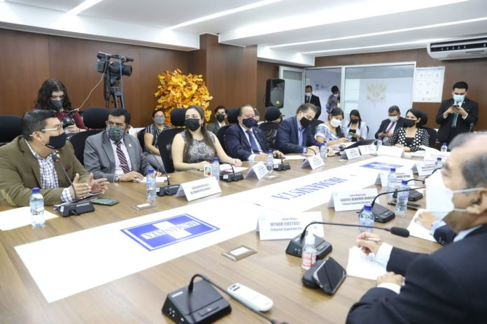 [Guatemala] TSE y diputados discuten reformas electorales que no atienden vicios de fondo